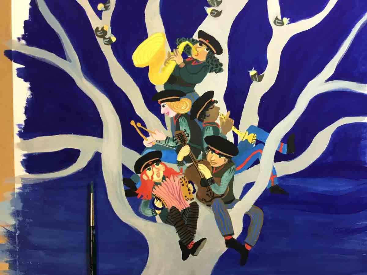 schilderijtje vn muzikanten in een boom met donkerlblauwe achtergrond