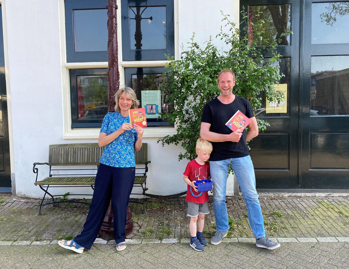 Foto van poserende Jan van Mersbergen en Marijke Klompmaker